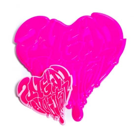 [YG Official MD] 2NE1 NEW EVOLUTION PlasticBadges Heart