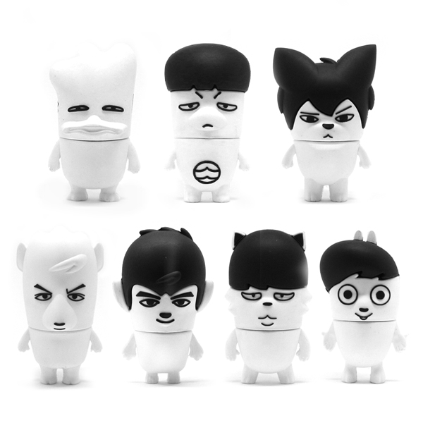 BTS - HIP HOP MONSTER USB Figure (JIN)