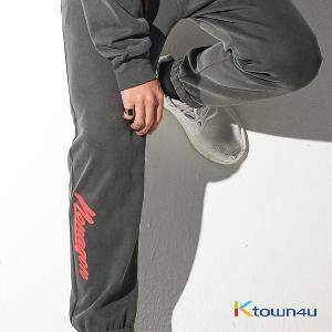 NONA9ON - [MEN'S] WELCOME TO THE YEAR OF DOG EMBROIDERED PIGMENT WASHED SWEATPANTS